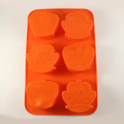 Crown Shaped Silicone Muffin Mould