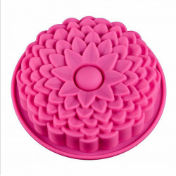 Chrysanthemum Flower Shape Silicone Cake Mould (Random Colour)